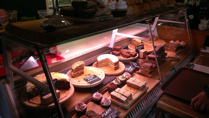 Cakes-at-Hive-Beach-Cafe-700