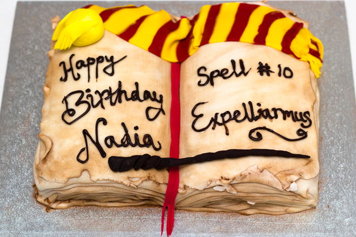 Harry-Potter-Cake-Complete-Top-View-700