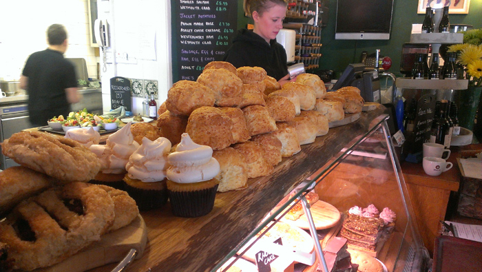 Scones-at-Hive-Beach-Cafe-700