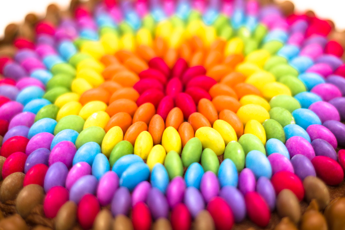 Rainbow-cake-close-up-700