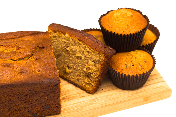 Banana-bread-and-muffins-700