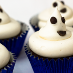 Easy Halloween Cupcakes for the children to decorate