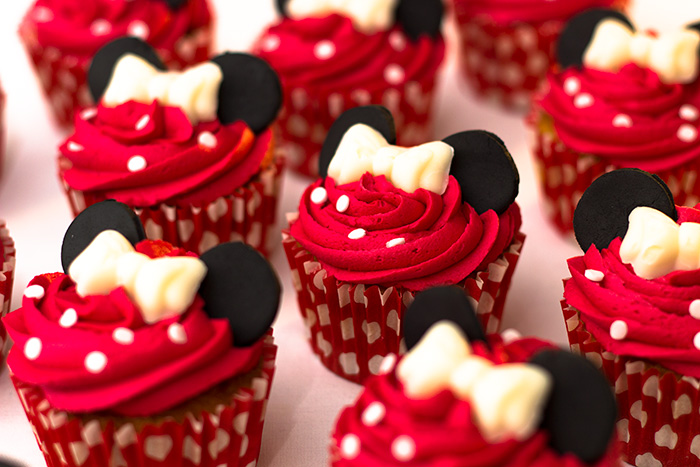 How To Make Minnie Mouse Cupcakes Sunday Baking