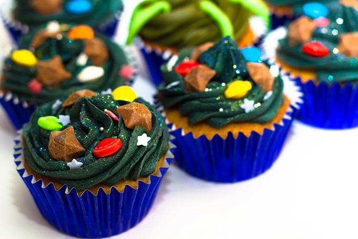 Space Themed Cupcakes - Sunday Baking