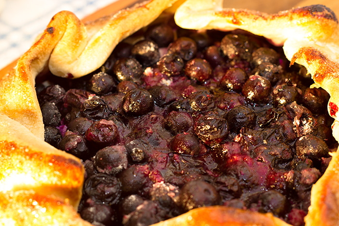 Blueberry-Crostata-really-close-700