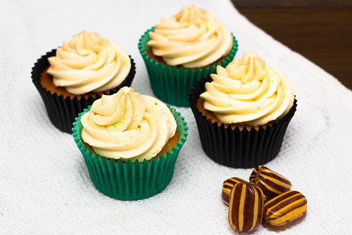 Mint-Humbug-cupcakes-2-700