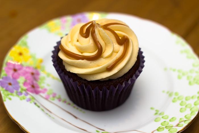 Salted-caramel-cupcake-1