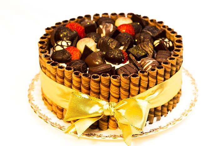 Chocolate-victoria-sponge-700-1