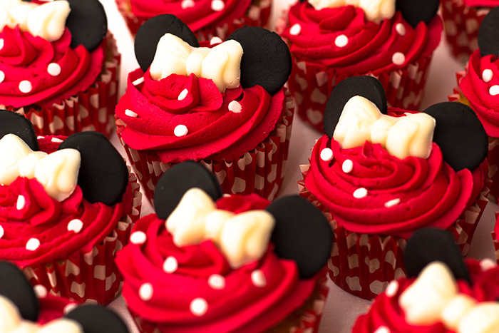 Minnie-Mouse-Cupcakes-700