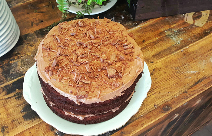 Easy Ultimate Chocolate Cake Recipe