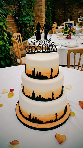 New York Themed Wedding Cake