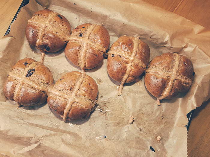 Chocolate-Chip-Hot-Cross-Buns-4