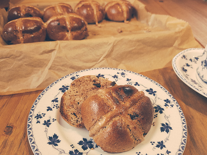 Low Sugar Recipe - Chocolate Chip Hot Cross Buns