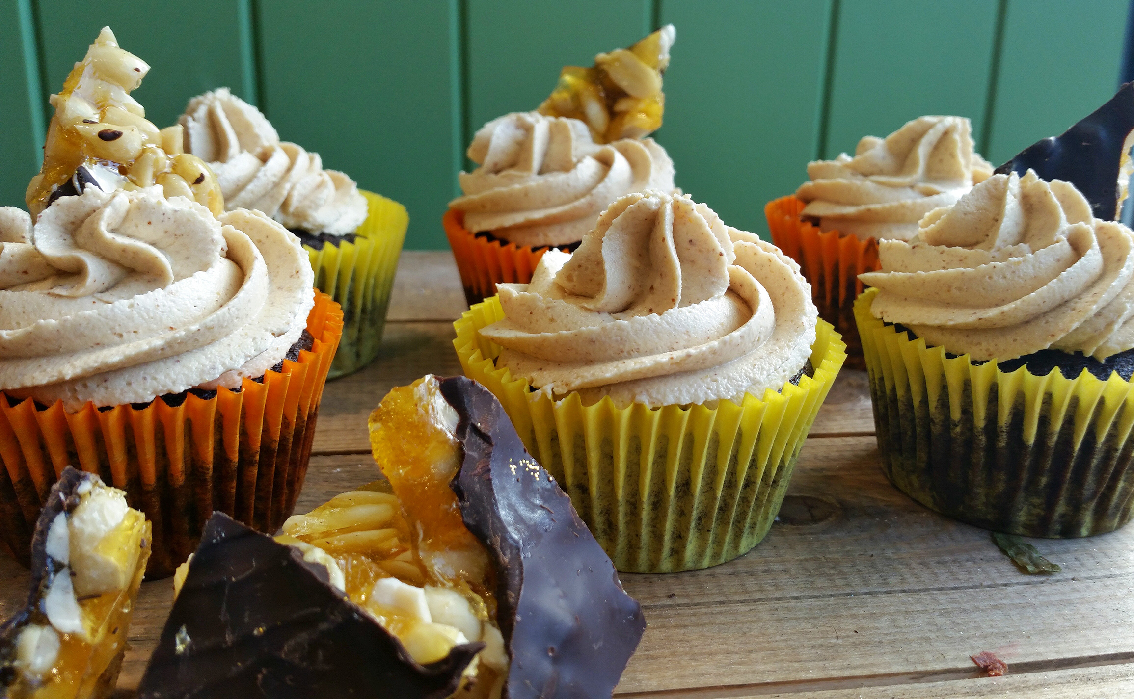 Vegan-Chocolate-Peanut-Butter-Cupcakes-web